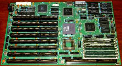 386er Mainboard, OPTi 82C381 Chipsatz & Intel 386DX-25 CPU, AmiBios 1989