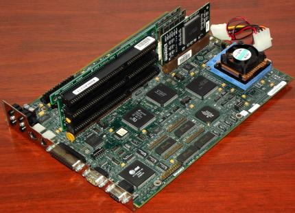 Compaq Mainboard mit 486DX2-66 CPU, RAM, Reiser & Kingston Karte 1994