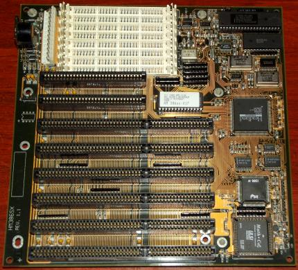 HM386SX Rev. 1.1 Mainboard mit Intel i386SX-25 CPU, ULSI Systems Math. Co Pro, Headland Technology HT18-C, Ami-Bios 1988-92