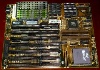 VIA VT82C485 Mainboard mit 486 DX2-66 CPU