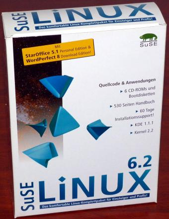SuSE Linux 6.2 - KDE 1.1.1, Gnome 1.0, Kernel 2.2.10,  530 Seiten Handbuch, 6 CD-ROMs, OVP ISBN 3-930419-83-1